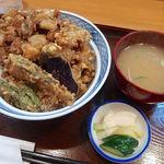 天ぷら 福岡 - かき揚げ天丼(1300円)