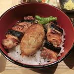 CHICKEN CREW - 焼鳥丼850円