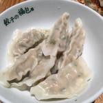 餃子の福包 - 水餃子 6個 @290円 ヘルシーに、皮のプルプル感を楽しむなら、こっち。