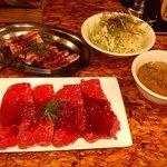 ホルモン肉五郎 - 生ロース定食+カルビ