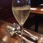 ディアログ - 一休コースについていたスパークリングワイン