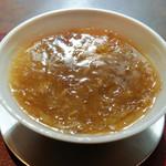 齋華 - 上海蟹とフカひれのスープ
