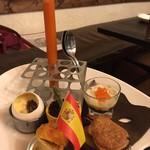 スペイン料理 3BEBES -