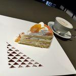 カフェコムサ - 白桃とオレンジのショートケーキ