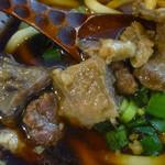 75554904 - 「肉うどん」牛すじ肉の塊