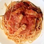 ポルポ - ベーコンとニンニクのトマトソーススパゲティ