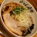 利尻らーめん味楽 - 焼き醤油らーめん(900円)2017年10月