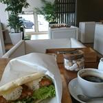 カフェ バンヤンツリー - 料理写真: