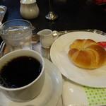 オーストリッヒカフェ  ウィーン - 料理写真:Aモーニング