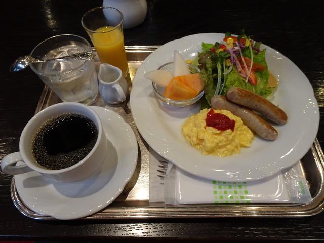 オーストリッヒカフェ  ウィーン - スペシャルモーニング