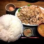 上州屋 - 豚バラガーリック焼肉定食メガ、ご飯メガ盛り