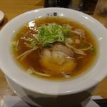 75568896 - 柳麺