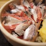 寿司 う月 - いわし丼アップ