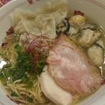 福島壱麺 - 牡蠣塩ワンタン麺・牡蠣増し