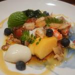 鮨 おさむ - お寿司屋さんの季節のサラダ