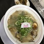 しあわせのらーめん ミゥ - ラーメン+高菜ごはん(700円)