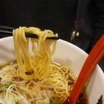 75578533 - ストレート麺が油でスベスベ(笑)