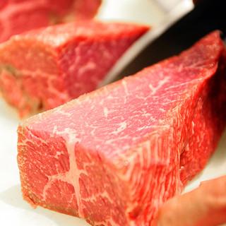 限定で単品料理も!人気は「千屋牛のしょうゆ糀ローストビーフ」