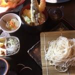 75582372 - 2017年10月 お蕎麦と天丼セット(更科)1100円(税抜)