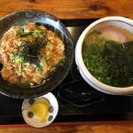 くら川 - 料理写真:親子丼ミニうどんセット800円