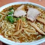 初ちゃん食堂 - ラーメン小450円(麺は180~200g位!?)