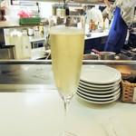 赤白 - シャンパン