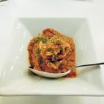 赤白 - 小タコトマト煮込み
