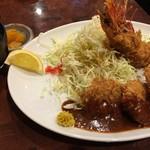 75590481 - 一口カツ&海老フライ定食(¥1080)