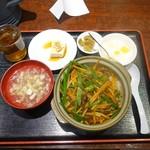 中国名菜 錦 - チンジャオロース丼850円