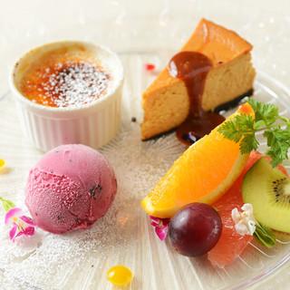誕生日・記念日には特製ホールケーキをご用意♪
