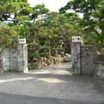 KKR逗子 松汀園 - かつての銀行家・牧野氏の別邸をしのばせる贅沢なアプローチ