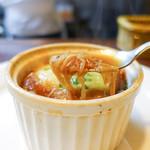 洋食 三浦亭 - オニオングラタンスープ