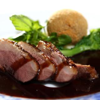 レストラン クララ - 料理写真:【じっくりローストした鴨肉が絶品コース】メイン