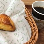麻布十番モンタボー - 料理写真:スコーンと元町珈琲