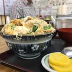 大力食堂 - カツ丼小¥600..,ええ、そうです。これ…小なんです
