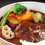 キンペンカフェ - 料理写真:手間ひまかけた煮込ハンバーグセット 1,300円