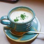 津々井 - 魚介スープ