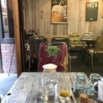のらまる食堂 - 座った席から見た風景(2017.10.30)