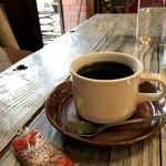 のらまる食堂 - 深煎り美味しいコーヒー、お菓子まで付いていました(2017.10.30)