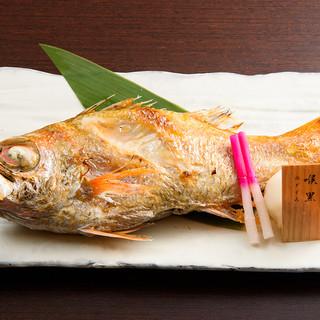 高級魚≪のどぐろ≫をはじめ新鮮な魚介類を産地直送です