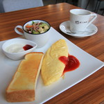 咲ら珈琲  - 料理写真:オムレツモーニング