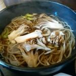 75617804 - 季節蕎麦昇龍舞茸蕎麦(松茸入り)