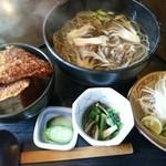 75617806 - 季節蕎麦昇龍舞茸蕎麦(松茸入り)