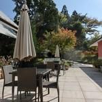 プリムローズガーデン ガーデンカフェ - テラス席はペットOK