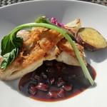 プリムローズガーデン ガーデンカフェ - ハーブチキンもも肉のソテー 牛蒡と赤ワインソース