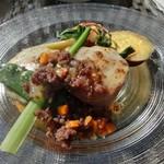 プリムローズガーデン ガーデンカフェ - とっとん豚ヒレ肉のチーズ焼きアジア風