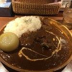 ブルックスカレー食堂 - まるごと札幌黄と柔らかビーフカレー