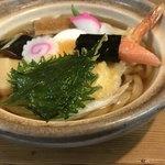 蕎麦処 三喜 - 鍋焼きうどんに、大葉の天ぷら