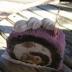 75625358 - ハロウィン紫芋ロール