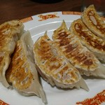 紅虎餃子房 - 大餃子(2個から注文できます)